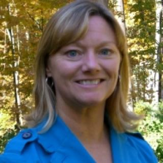 Photo of Beth Loring